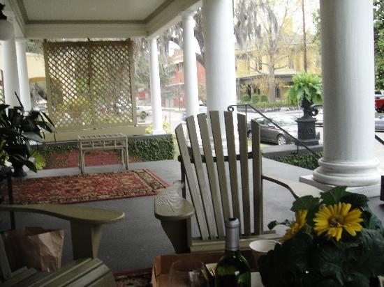 The Galloway House Inn: The Porch