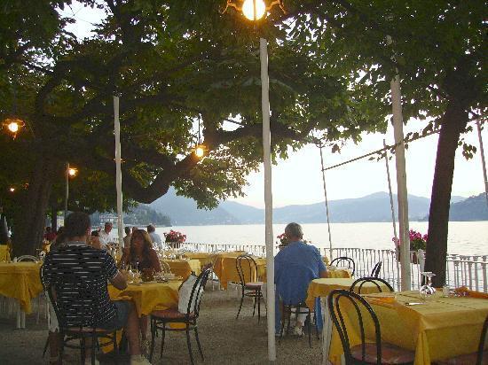 Torno, إيطاليا: Terrazza sul lago