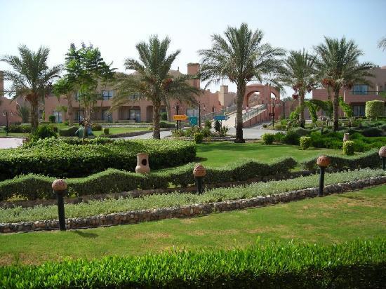 LTI Akassia Beach: i giardini ben curati