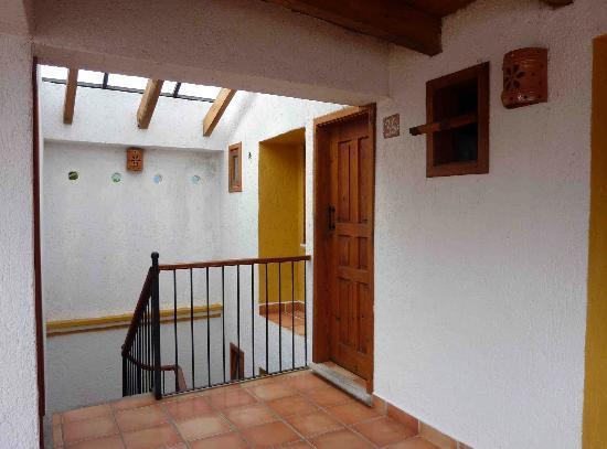 Hotel Casa Margarita : Door/Stairwell