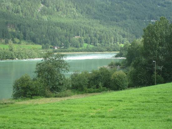Hollandsk Gjestehus : de rivier de Lågen.