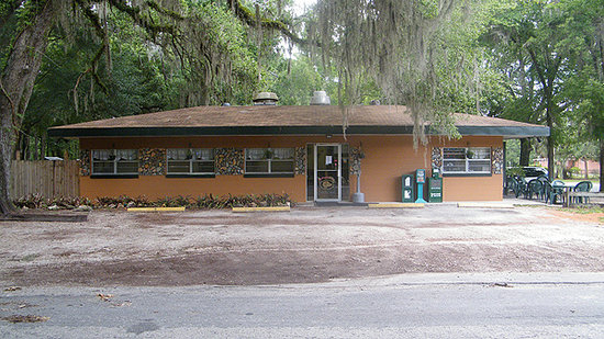 ‪Orange Springs Restaurant & Grill‬