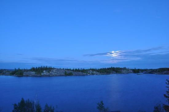 Yellowknife Outdoor Adventures: A nice view from the deck.