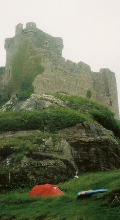 Full On Adventure: Campsite at Castle Tioram