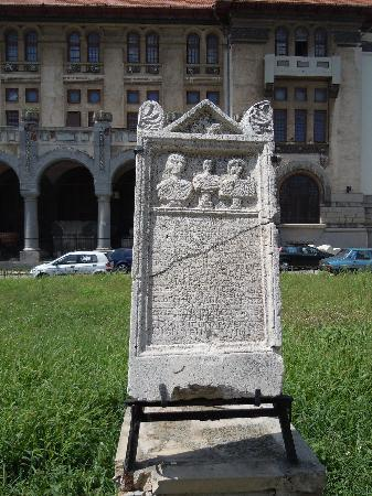 Constanta, Rumänien: Touching Epitaphs