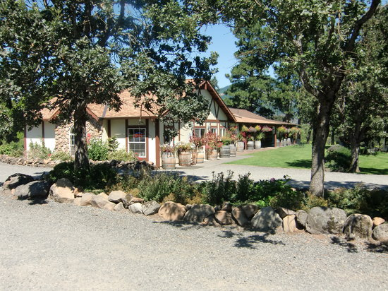 Cathedral Ridge Winery