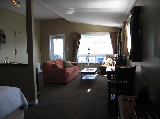 Seaside Suites Gros Morne Newfoundland: Tablelands Suite