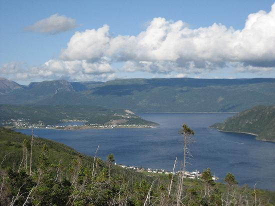 Seaside Suites Gros Morne Newfoundland: View from Lookout Trail