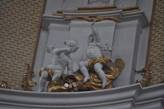 Benediktinerabtei Ettal: Interior church art work