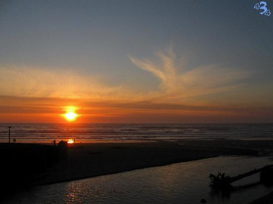Lincoln City, OR: Sunset