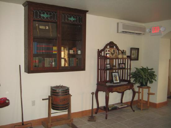 Lake Orchard Farm Retreat: Neat history items in the entryway
