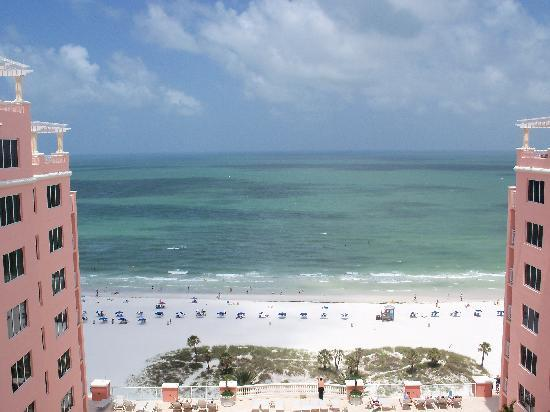 Hyatt Regency Clearwater Beach Resort & Spa: On top of Hyatt. 18th floor view