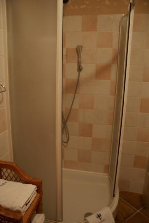 Villa Nora Hvar: baño habitacion 2 junior suite