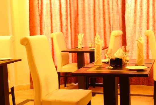 The Riviera Guest House: Dinning Area
