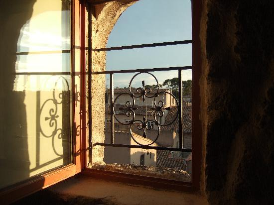 Pezenas, Γαλλία: view from the room