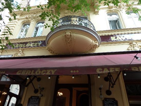 Gerloczy Rooms de Lux: Beautiful architecture