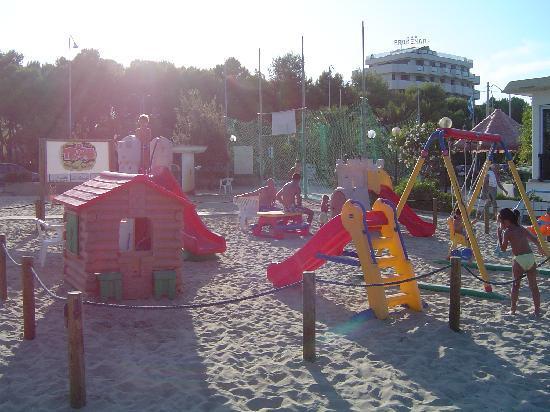 Hotel Baltic : giochi spiaggia