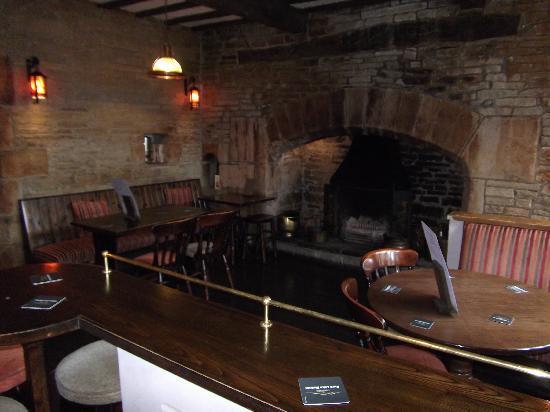 Haworth Old Hall Inn: The Restaurant