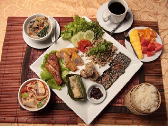 ソンパオ, ラオス料理のセットメニュー