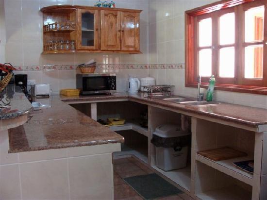 Casa De Leela: Cocina