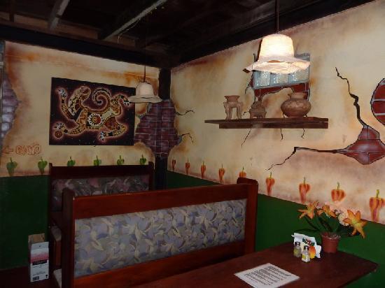 Gringo's: inside