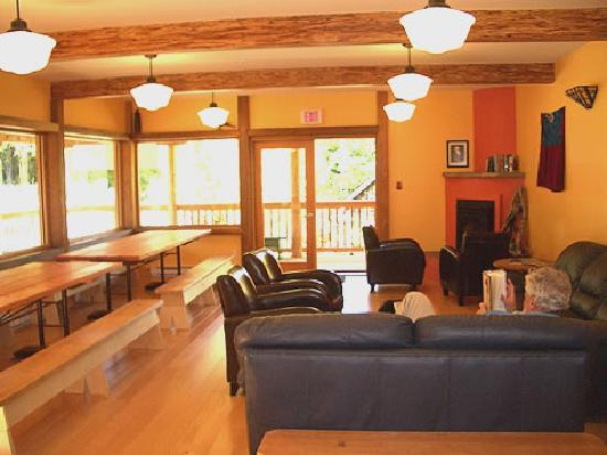 The Ecolodge at the Tofino Botanical Gardens: Common Room