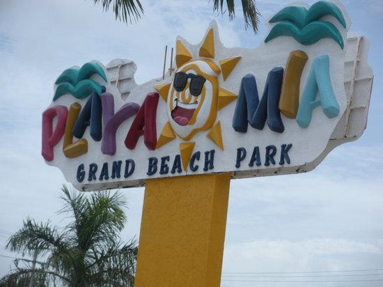 Playa Mia Grand Beach & Water Park: Sign