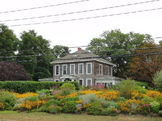 Shorecrest Bed & Breakfast: The view from Route 48