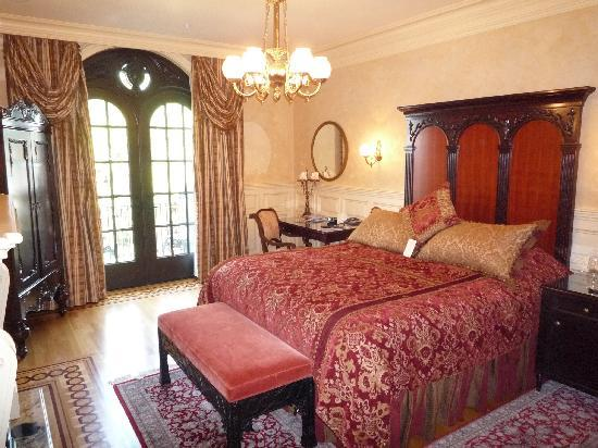 Ledson Hotel: The Ledson guest room