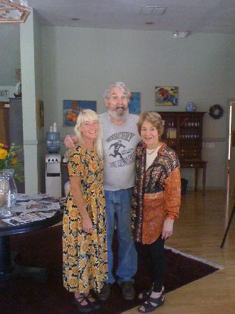Old Crocker Inn: Jan, Tony and Marcia