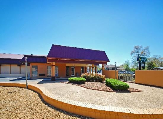 Quality Inn Tullahoma: EXT2