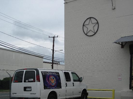 Starr Hill Brewery: Outside of the brewery
