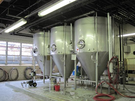 Starr Hill Brewery : Fermentation tanks