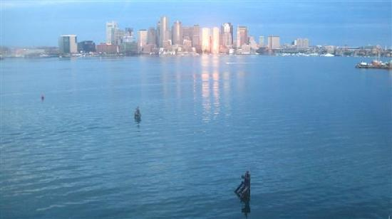 Hyatt Regency Boston Harbor: sunrise view from 1011