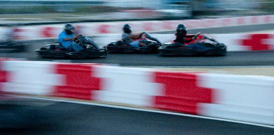Cayman Karting : Racing