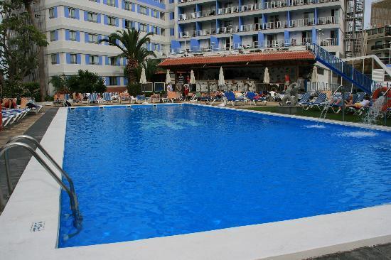 Catalonia Las Vegas: swimming pool