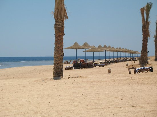 Paradise Beach Resort: spiaggia