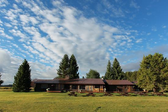 Firehole Ranch: Lodge