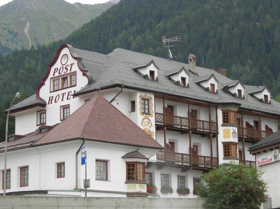 San Valentino alla Muta, Italia: Hotel Post