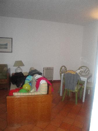 Dom Pedro Lagos: Living room