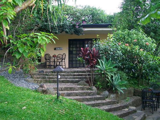 Pura Vida Hotel: The Toucan Casita and Pura Vida Gardens