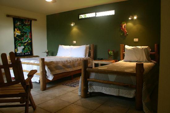 Pura Vida Hotel: The Rain Forest Casita bedroom