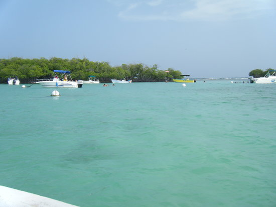 Lajas, Puerto Rico: Beautiful clear water and nice sandbars to swim