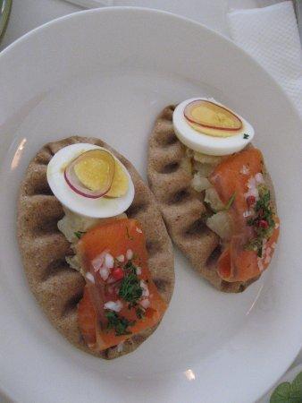 Finland Cafe: フィンランド風パイ