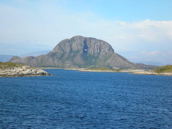 Nordland, Noruega: TORGHATTEN, BRØNNØYSUND