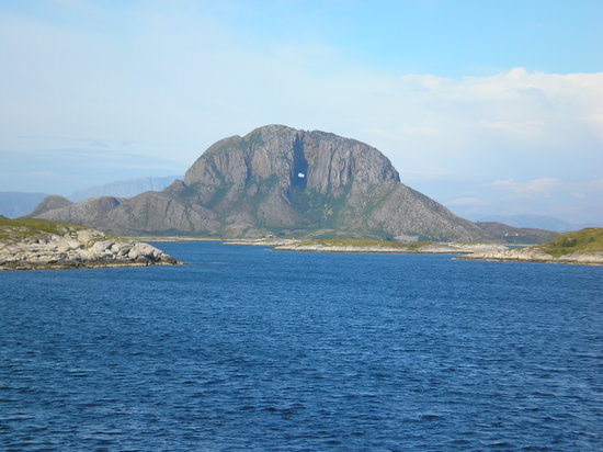 Nordland, Norvège : TORGHATTEN, BRØNNØYSUND