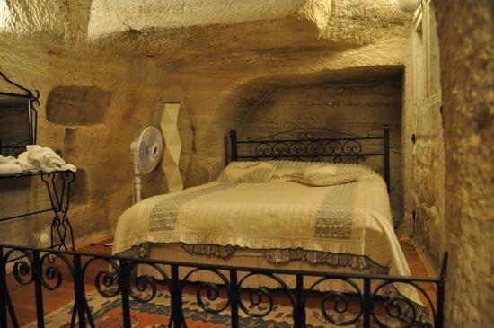Divan Cave House: Interno