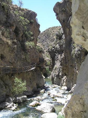Castril De La Pena, Spanien: The River Walk