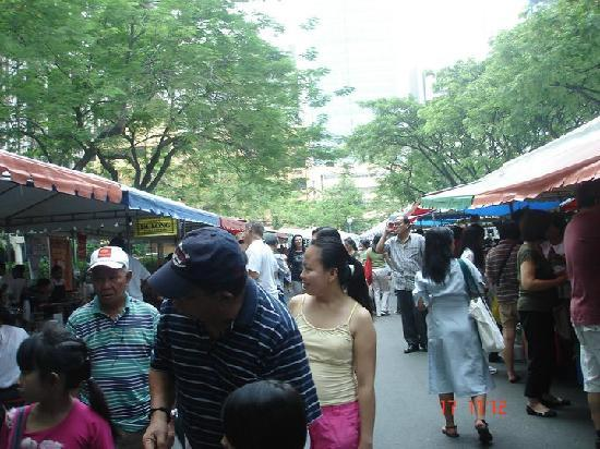 Salcedo Saturday Market : Salcedo Market 1