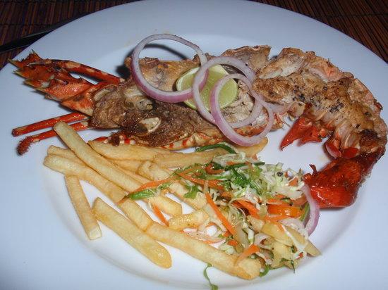 Serena Villa Restaurant: ロブスターのバターガーリックソース